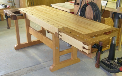 Traditional Woodworker's Bench