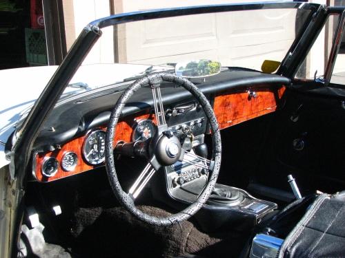 1966 Austin Healey Walnut Dash